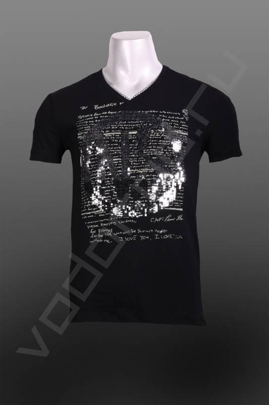 ФутболкаФутболки и поло<br>Супермодная яркая футболка, принт с отделкой паетками, V-образный воротник с отделкой по вороту, оригинальная необычная модель, приталенная.<br><br>Цвет: черный<br>Размер INT: M,L,XL,2XL<br>Пол: Мужской