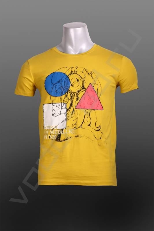 ФутболкаФутболки и поло<br>Супермодная яркая мужская футболка, отличные необычные цвета, сочетание яркого принта с оригинальными геометрическими фигурами, приталенная, круглый ворот.<br><br>Цвет: желтый<br>Размер INT: L,M,XL<br>Пол: Мужской