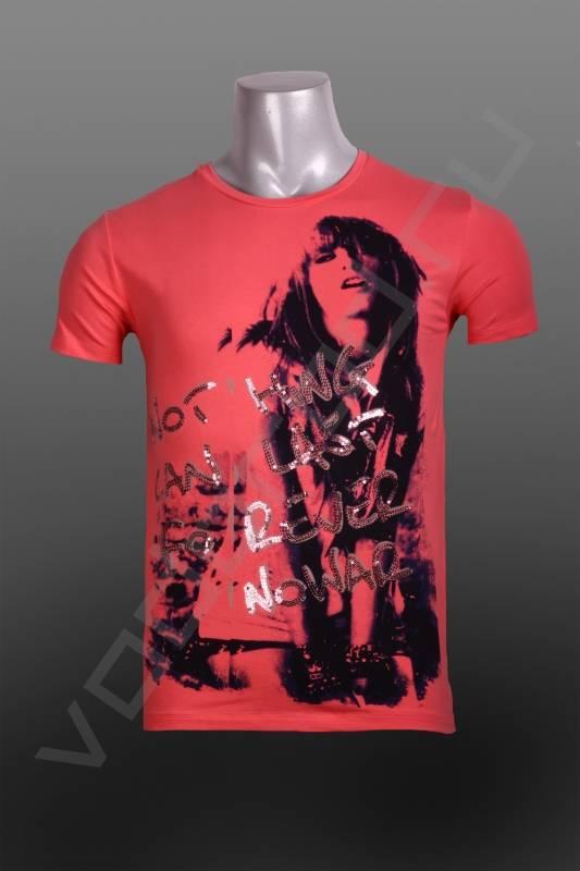 ФутболкаФутболки и поло<br>Модная мужская футболка, фотопринт с отделкой паетками, яркие цвета, отличное сочетание, приталенная, круглый ворот, укороченный рукав.<br><br>Цвет: розовый<br>Размер INT: M,XL<br>Пол: Мужской