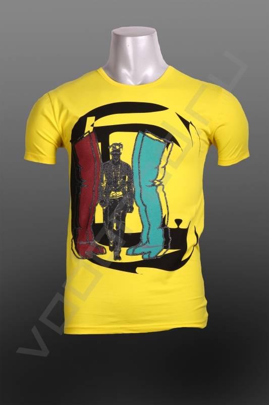 ФутболкаФутболки и поло<br>Футболка мужская, стрейч, укороченная, круглый ворот, приталенная, яркие цвета, необычный принт.<br><br>Цвет: желтый<br>Размер INT: M<br>Пол: Мужской