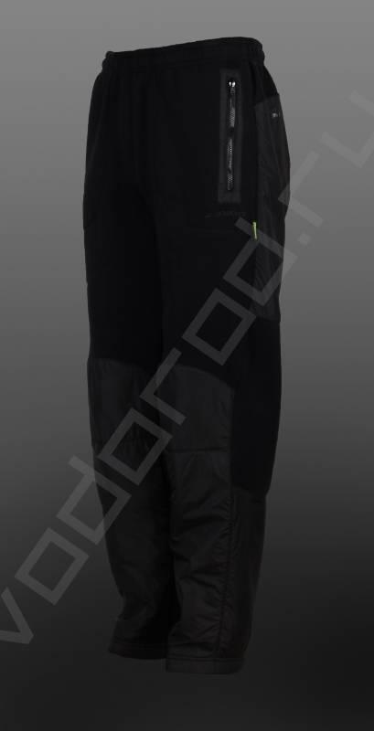Брюки осень/зимаБрюки<br>Утепленные мужские брюки, велюр, комбинированная ткань велюр + ветрозащитная и водоотталкивающая плащевка на нижней части брюк, отделка молний и задней части. Брюки прямые, на резинке.<br><br>Цвет: черный<br>Размер INT: 2XL,3XL,L,M,XL<br>Пол: Мужской